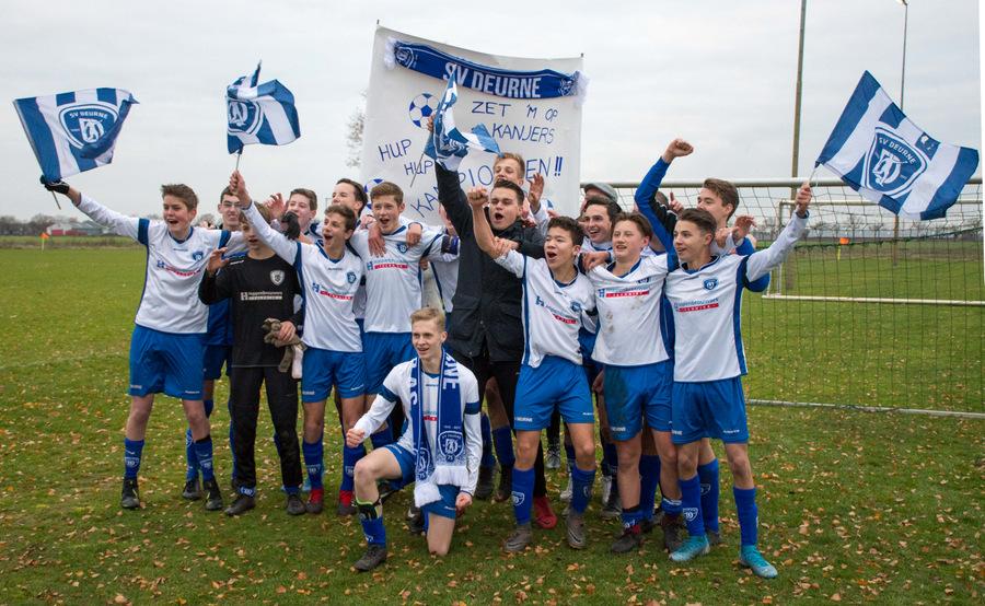 2019-12-7, SV Deurne JO 17-2 kampioen